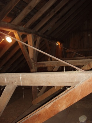 loft:before